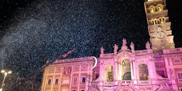 Warum es in Rom im Hochsommer schneit