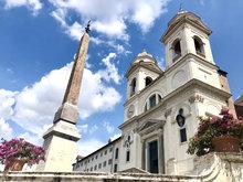 Trinita dei Monti Spanische Treppe Blumen Azaleen Natale di Roma